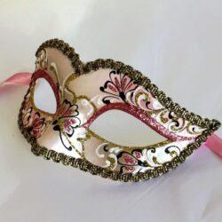 rose-pink-mask
