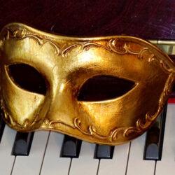 Gold Mens Mask